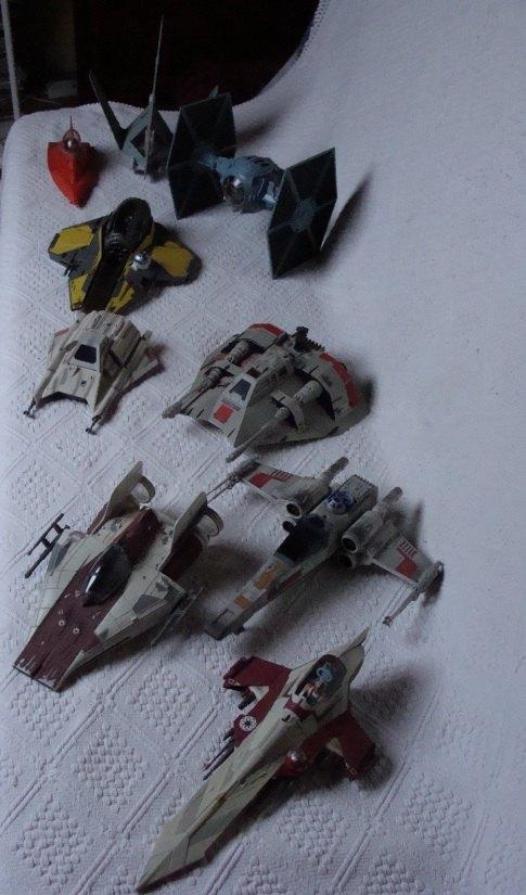 Photo 4 - Quelques vaisseaux bien connus.