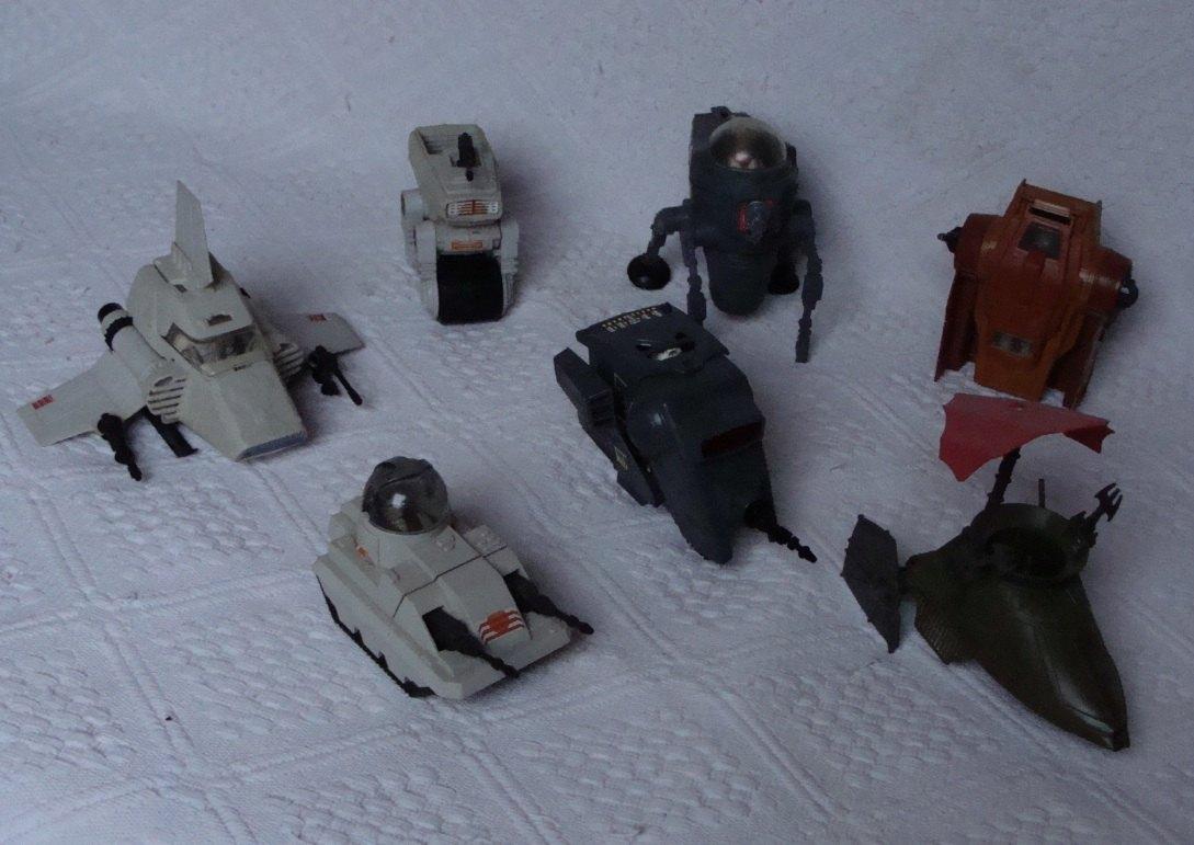 Photo 7 - Une série de véhicules datant de la sortie des films de la première trilogie.