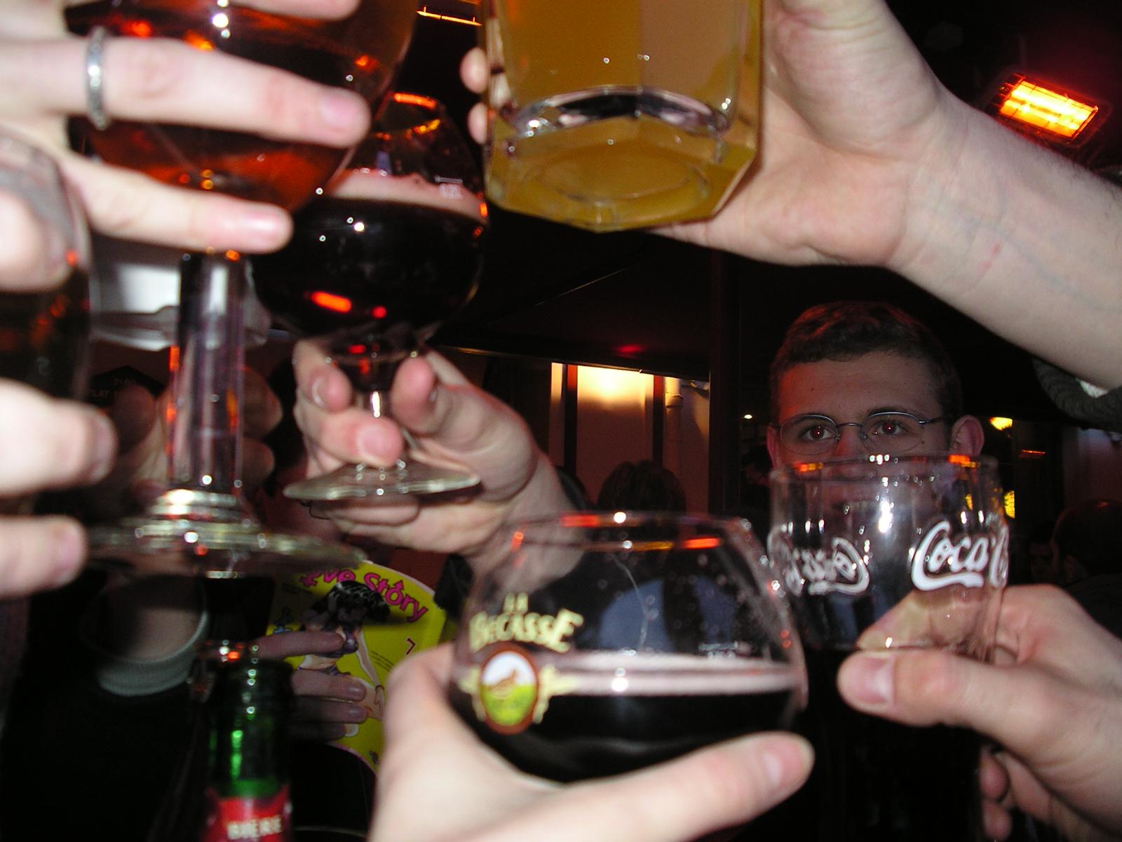 Photo 6 - Santé ! Nous sommes à Lille... alors fêtons cela avec de la bière bien sur !