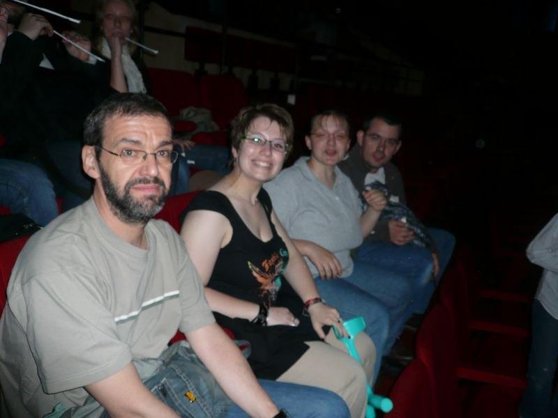 Photo 1 - c3po75, Ange, Padmeia et l'Ewok Géant