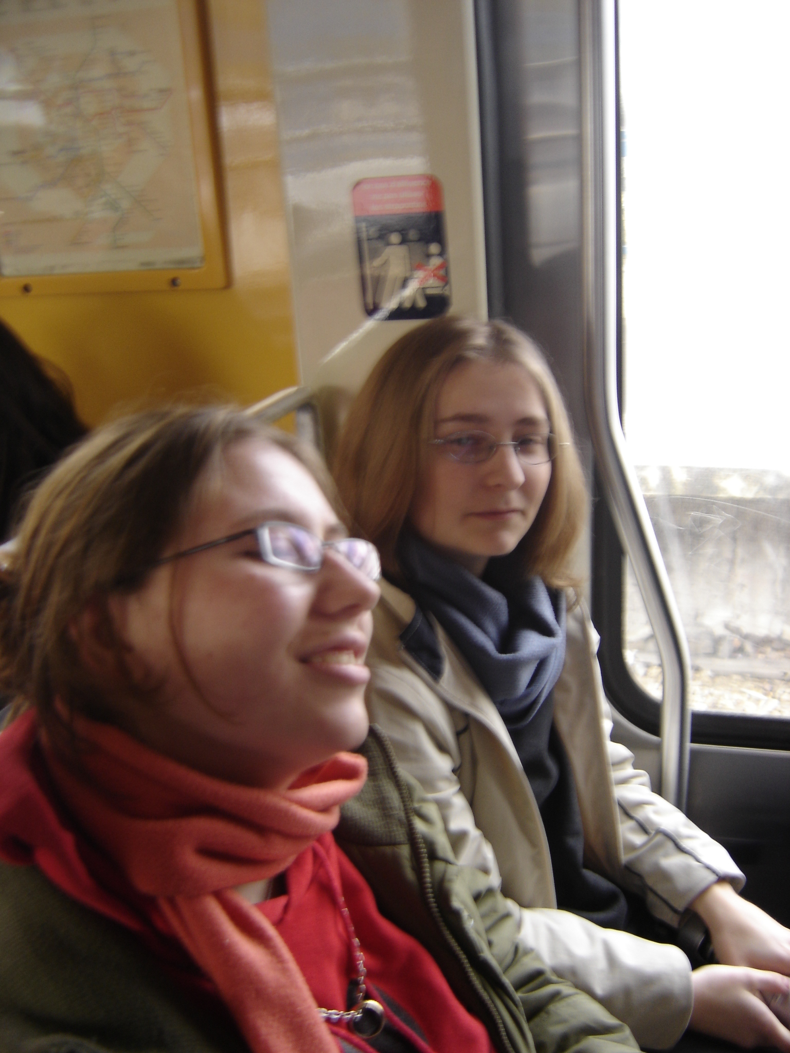 Photo 38 - Ange et Tyria dans le RER