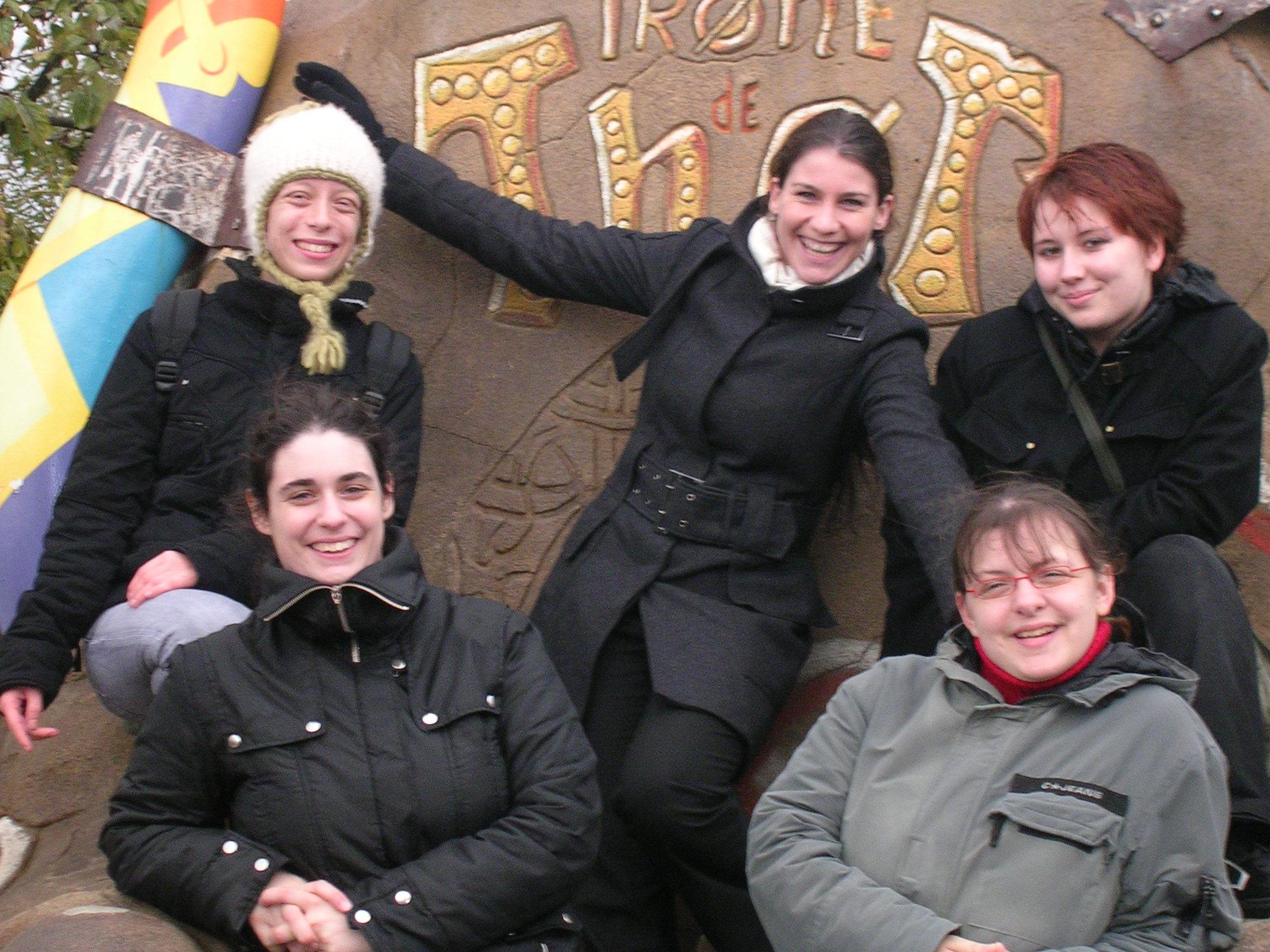 Photo 24 - Des femmes, des vraies! (Mara_Jade, Kenda, Camie, Padmeia, AngeSolo)
