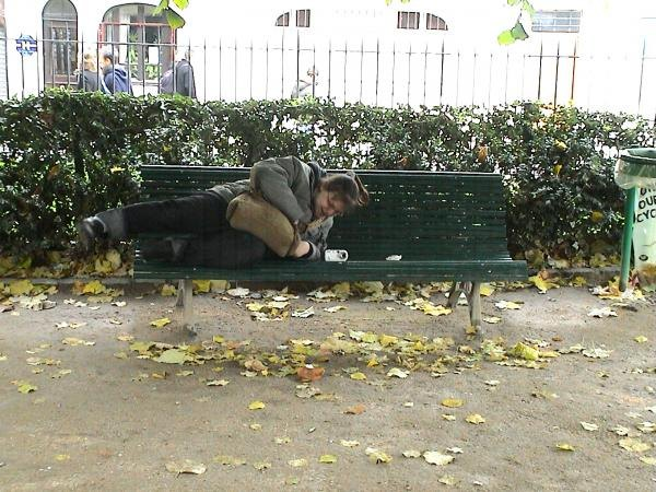 Photo 49 - C'est confortable un banc!
