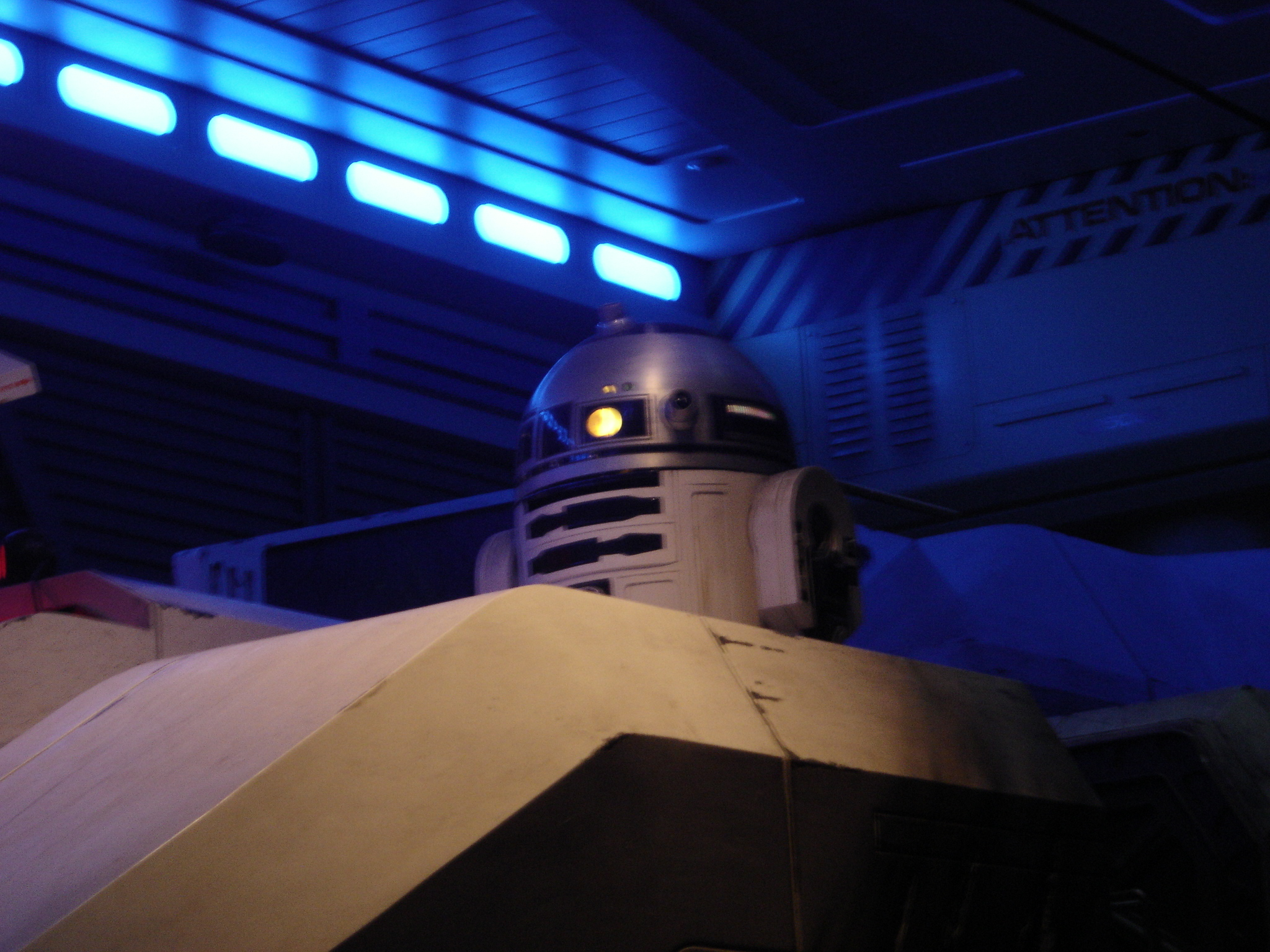 Photo 54 - L'astromecano... R2D2 bien sur !