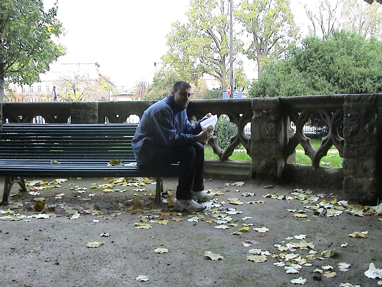 Photo 55 - Jojo sur un banc...