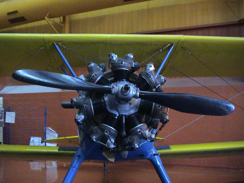 Photo 23 - Le beau moteur en étoile!