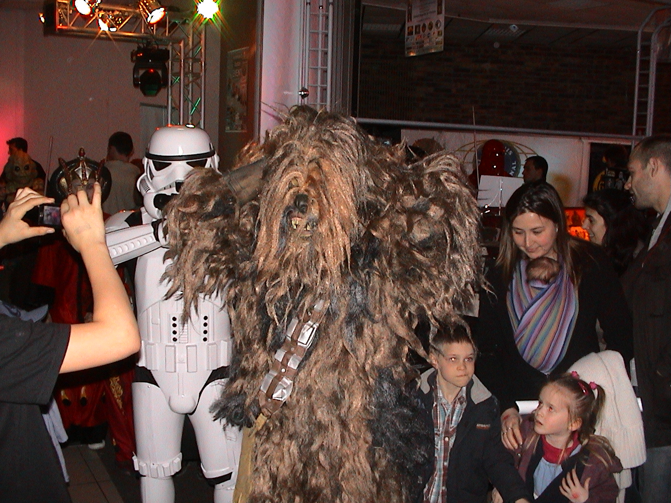 Photo 92 - Un Wookie en arrestation.