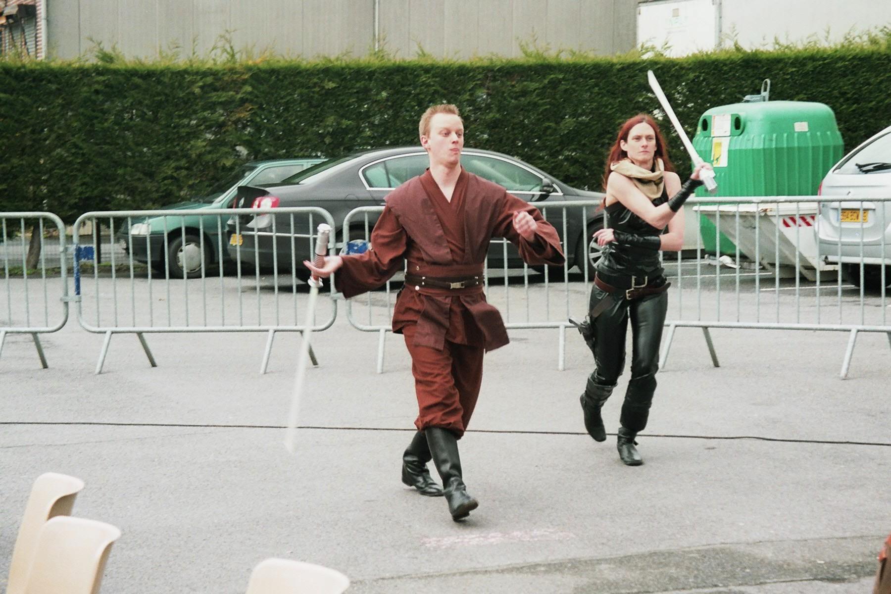 Photo 132 - Un Jedi et Mara Jade à l'attaque