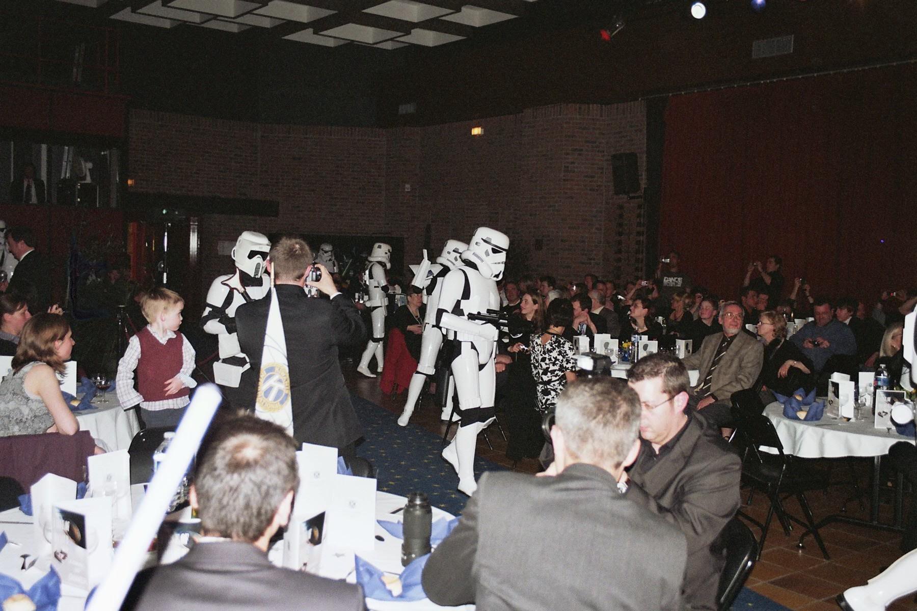 Photo 135 - L'Empire fait de l'ordre
