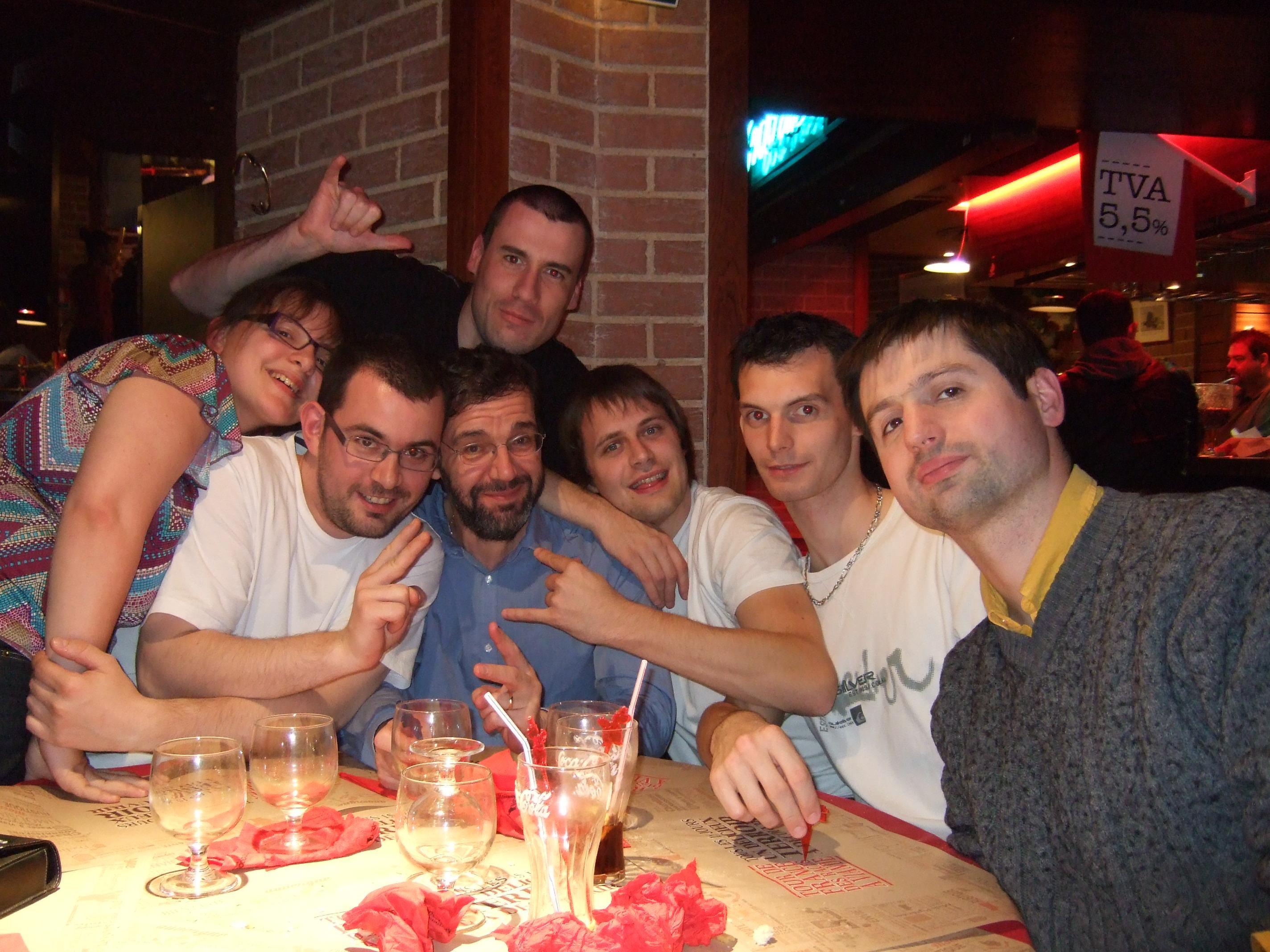 Photo 4 - Padmeia, boba.fett7, Joruus29, c3po75, Anakin07, Alpha8, Kardass