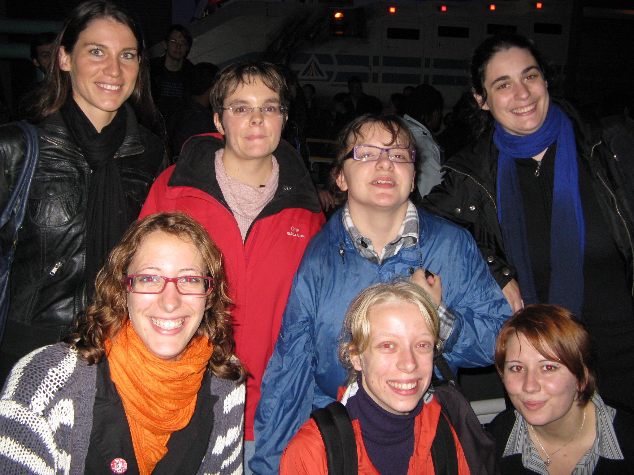 Photo 36 - Camie, maggy, Padmeia, Kenda, geekette, Mara_Jade et AngeSolo