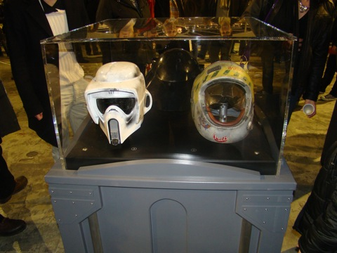 Photo 40 - Les casques de la Saga