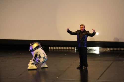 Photo 8 - Mark Hamill salue le public