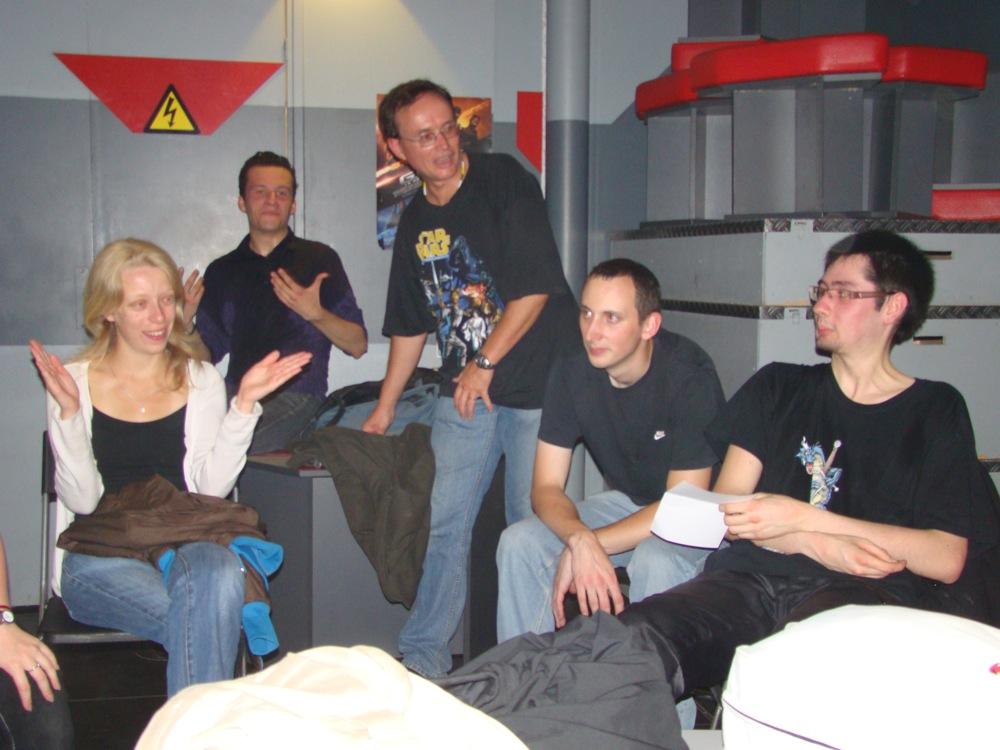 Photo 7 - Mara_Jade, obiwan931, darkalain, Alpha13, et Joorus