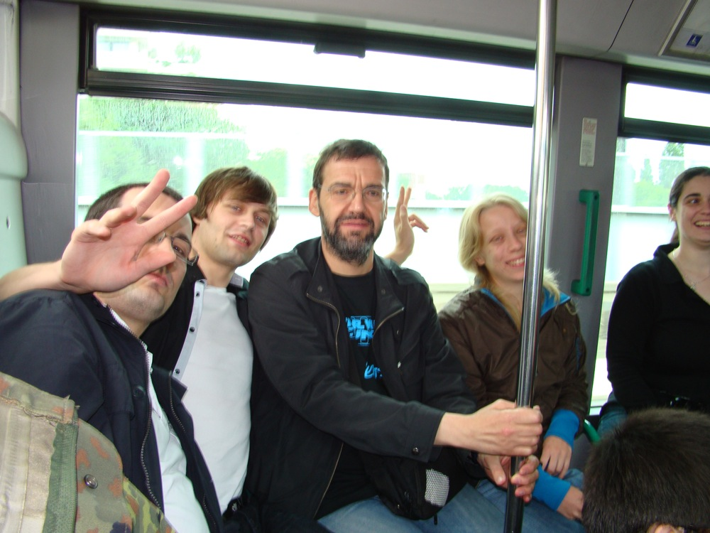 Photo 19 - boba.fett7, anakin07, c3po75, Mara_Jade et Kenda dans le bus