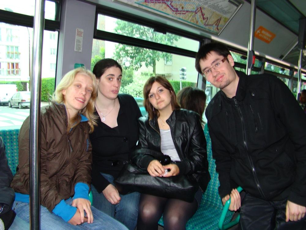 Photo 20 - Mara_Jade, Kenda, jenna-malyo, et Joorus dans le bus