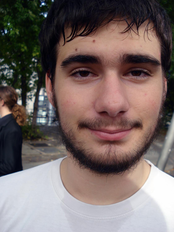 Photo 59 - C'est lui qui supporte Puik Puik après...