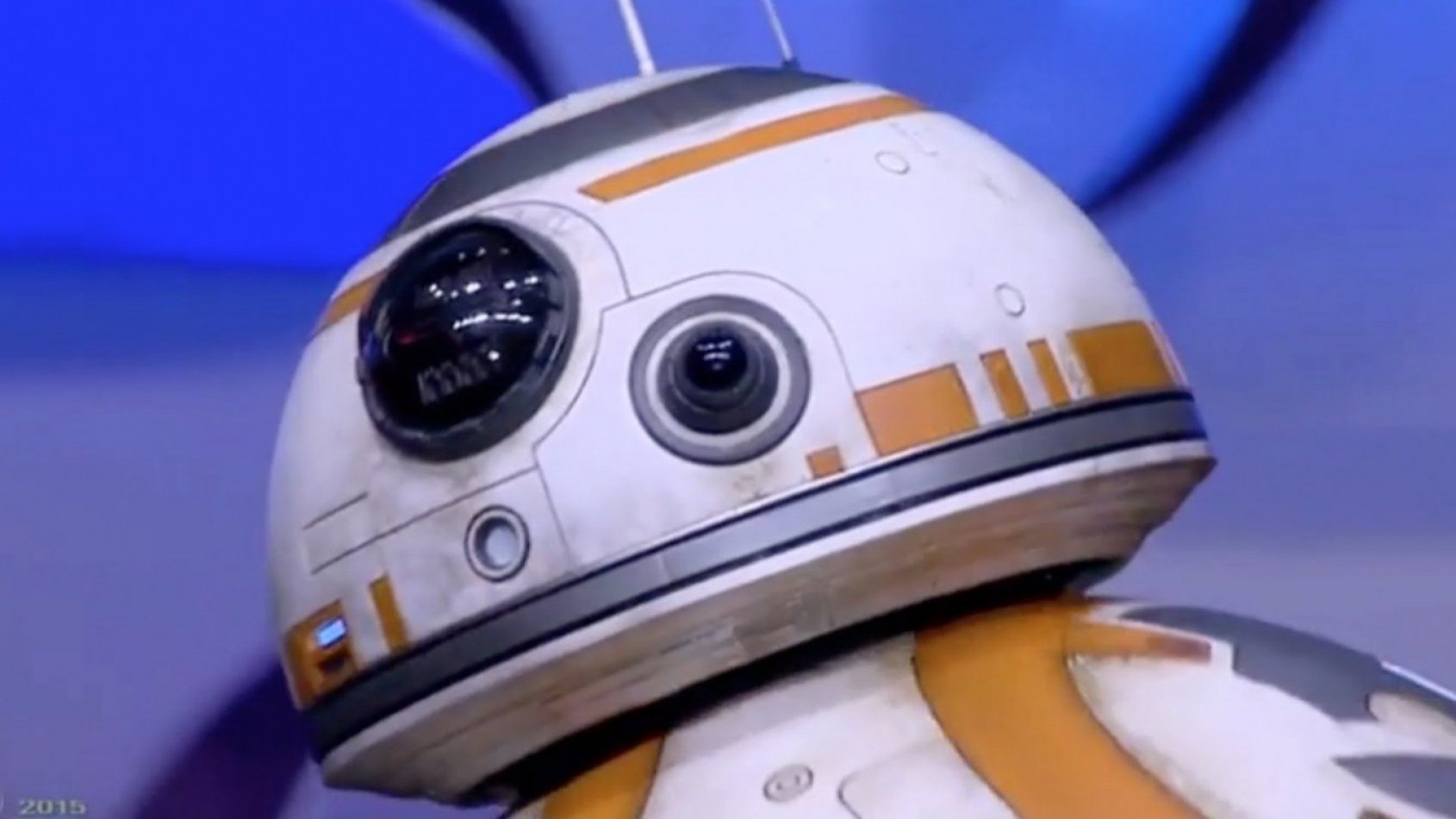 Figurine parlante interactive BB-8 Disney Store