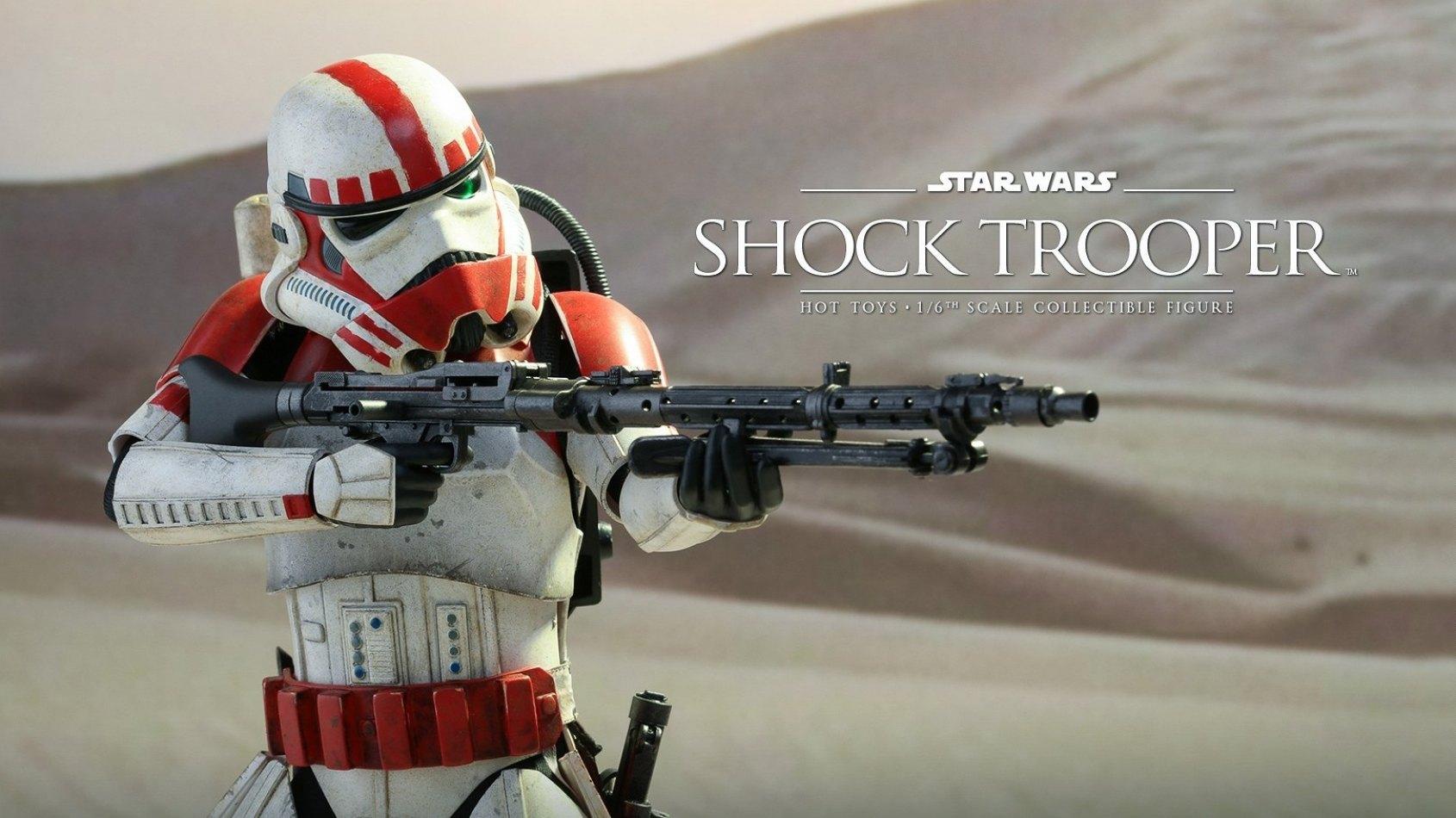 Le Shock Trooper  en poup�e Hot Toys